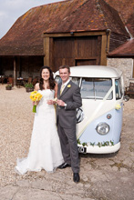 Stockbridge Farm Barn Dorset wedding photographer